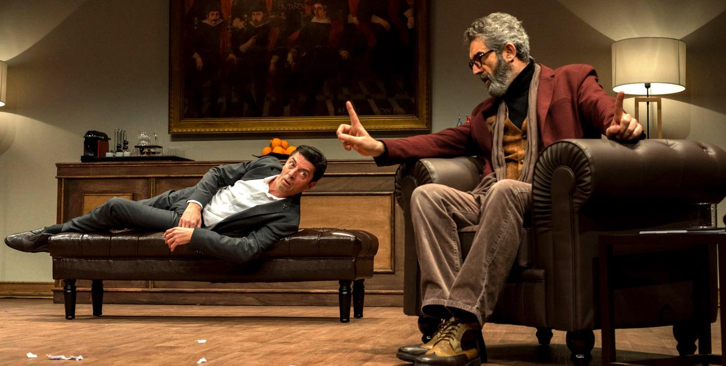 """La comedia """"L'Electe"""" de l'Horta Teatre, en el Teatro Río de Ibi"""