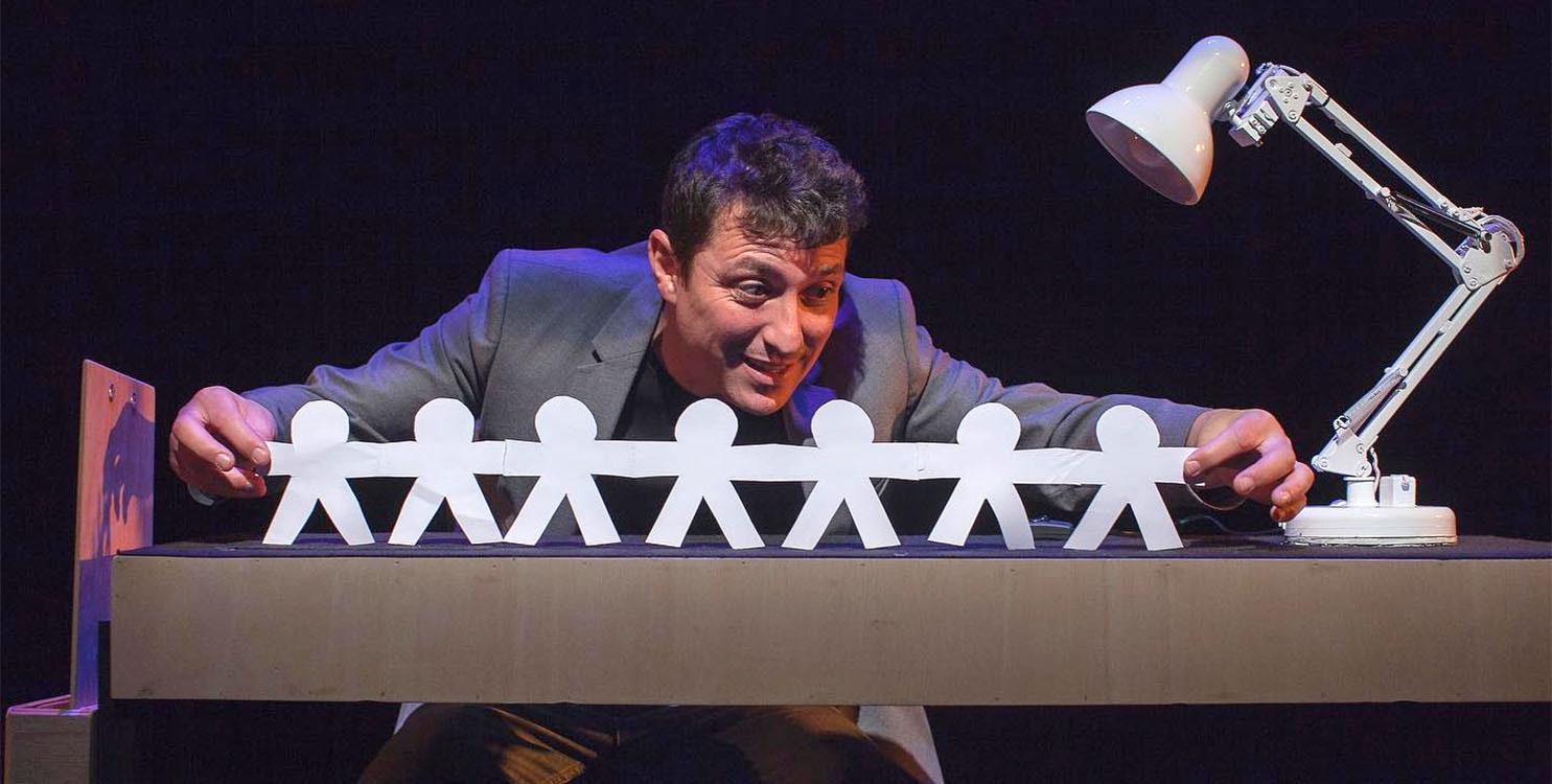 """""""Play Time"""" de Nacho Diago en el Teatro Calderón de Alcoy"""